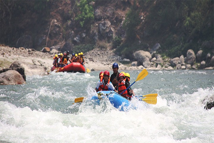 rafting-over-trishuli-river1569904342.jpg
